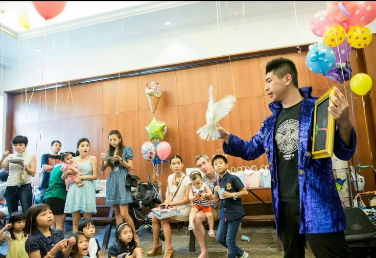 Tips about Organizing a Effective Magic Show For Your Children Birthday Celebration